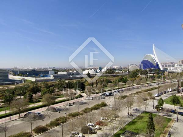 67m² Apartment with 10m² terrace for sale in Ciudad de las Ciencias