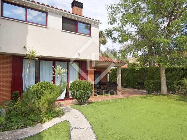 170m² House / Villa for sale in Playa San Juan, Alicante