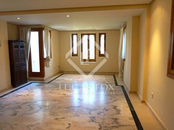 Appartement van 161m² te huur in Gran Vía, Valencia