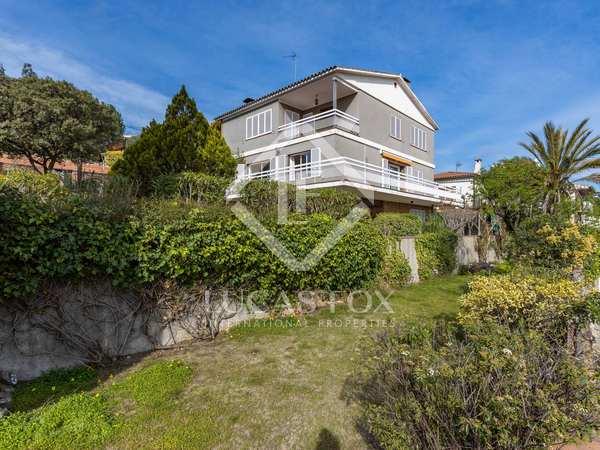 Huis / Villa van 243m² te koop in Alella, Barcelona