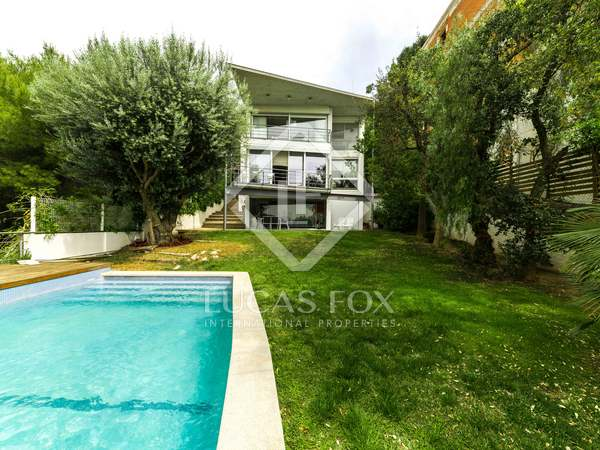 319 m² house for sale in Bellamar, Barcelona