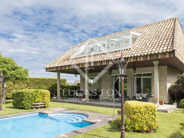 728m² House / Villa for sale in Vigo, Galicia