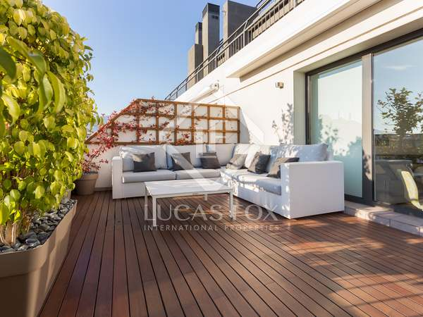 105 m² penthouse with 41 m² terrace for sale in Turó Park