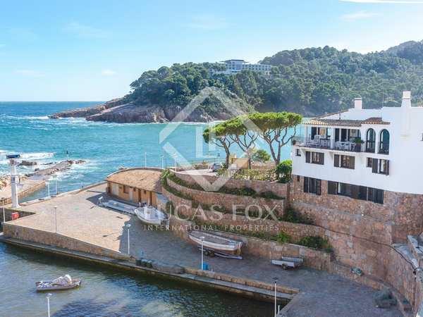 First-line Aiguablava, Begur, Costa Brava, house to buy