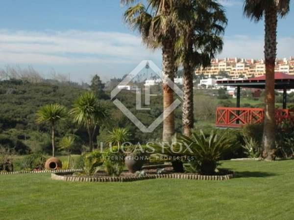 Golf villa with pool in Belas Clube de Campo, Estoril