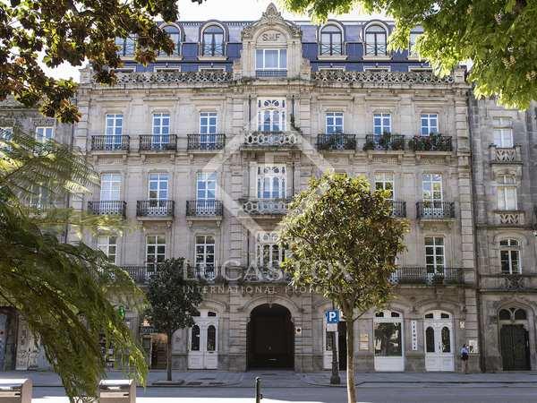 650m² Apartment for sale in Vigo, Galicia
