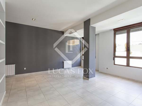 160m² Apartment for rent in El Pla del Remei, Valencia
