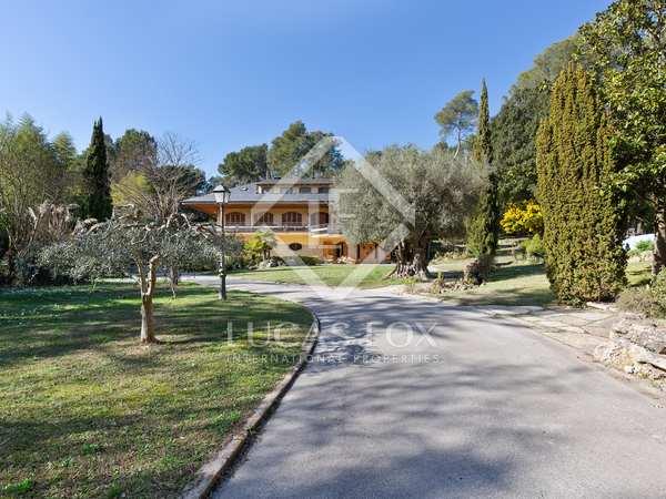 800m² House / Villa for sale in Gavà Mar, Barcelona