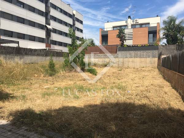 230 m² plot for sale in Vilanova i la Geltrú