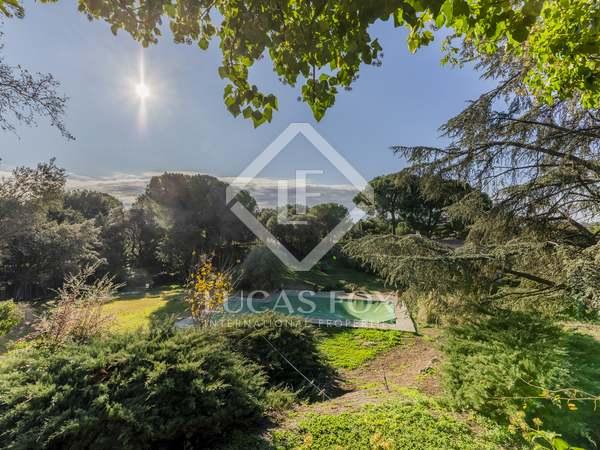 Villa de 1,280 m² en venta en Pozuelo, Madrid