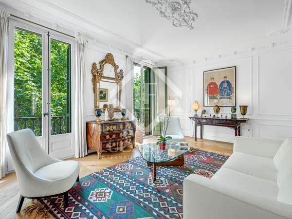 Квартира 110m², 10m² террасa на продажу в Левый Эшампле