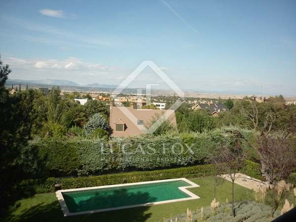 Luxury renovated home for sale in Ciudalcampo, Madrid