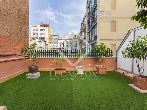 3-storey house with larges terraces for sale in Barcelona