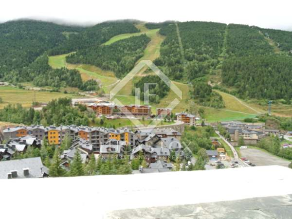 Penthouse for sale in Grandvalira, Andorra