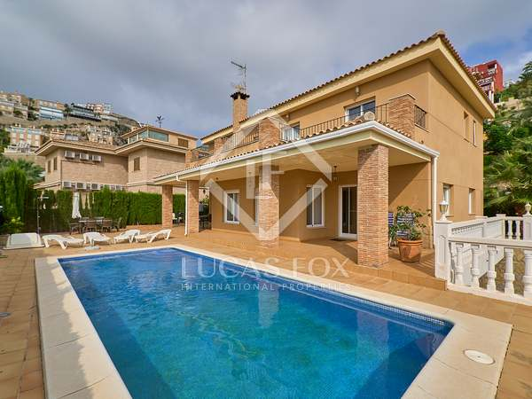 445m² House / Villa for sale in Cullera, Valencia