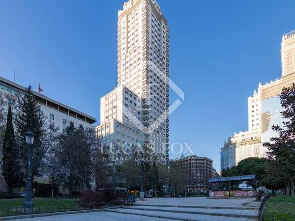 Pis de 163m² en venda a Palacio, Madrid