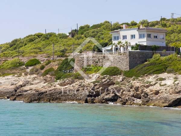 Villa de 300m² con jardín, en venta en Mas d'en Serra