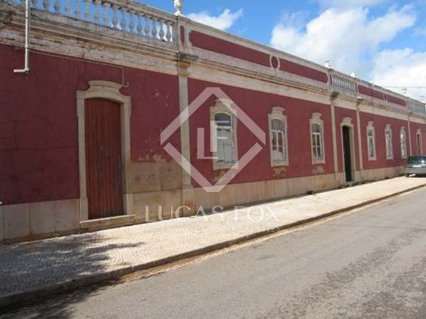 3,500m² Country house with 75,000m² garden for sale in Algarve