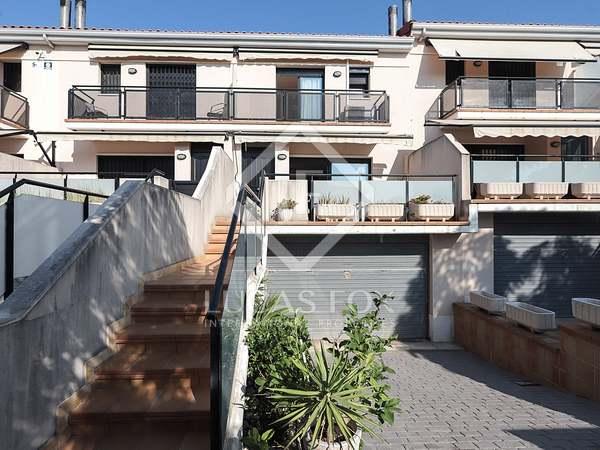Maison / Villa de 191m² a vendre à Vilanova i la Geltrú avec 30m² terrasse