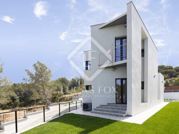 Huis / Villa van 195m² te koop in Sant Pere Ribes, Sitges