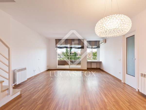 145 m² penthouse with 22 m² terrace for rent in Sant Cugat