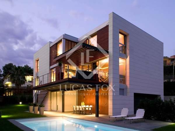 Villa de diseño en venta en la exclusiva zona de Bellaterra