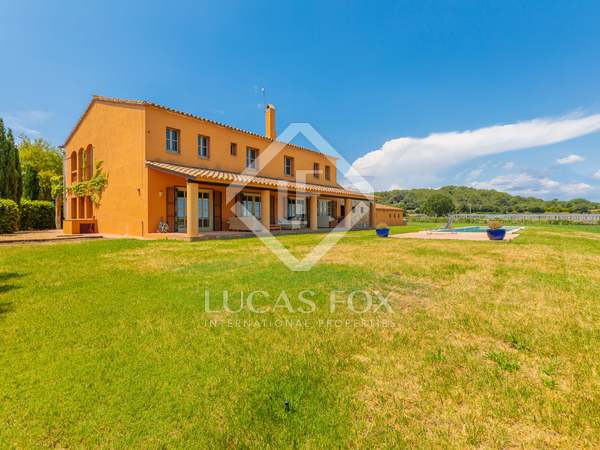 House with 2,000 m² garden for sale in Baix Empordà
