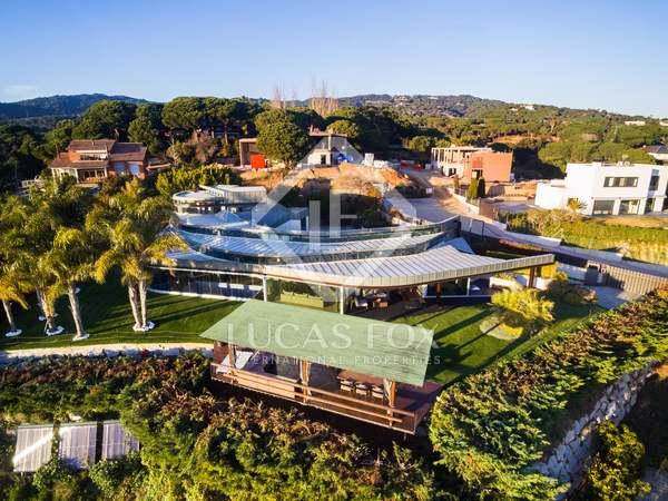 Villa con 1.700 m² de jardín en alquiler en Sant Andreu de Llavaneres