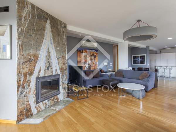 289m² Apartment with 21m² terrace for sale in Gran Vía