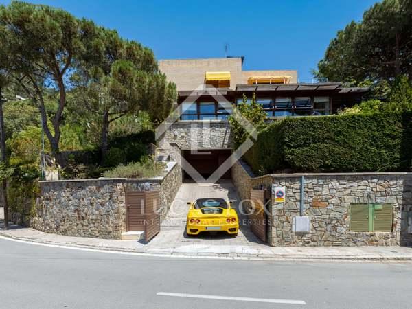 Maison / Villa de 739m² a vendre à Cabrils, Barcelona