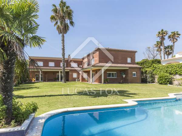 640m² Hus/Villa till salu i Vilanova i la Geltrú, Barcelona