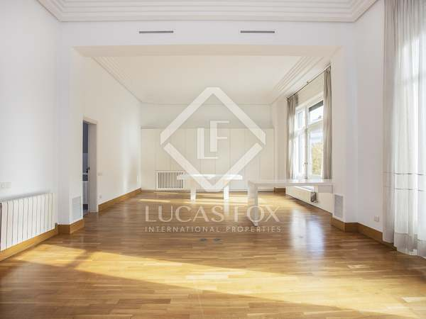 212m² Apartment for rent in Sant Gervasi - Galvany