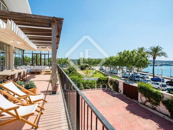 1,450m² House / Villa with 1,000m² garden for sale in Maó