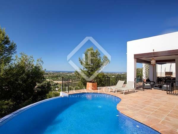 Casa / Villa de 201m² en venta en Dénia, Costa Blanca