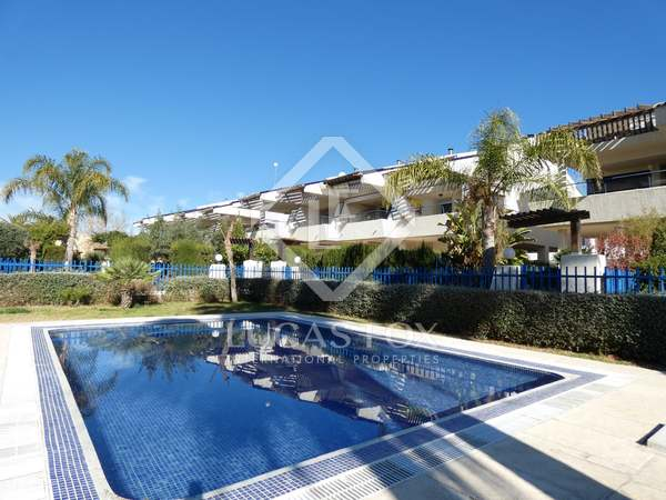 332m² House / Villa for sale in Playa Sagunto, Valencia