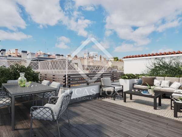 191m² Penthouse with 83m² terrace for sale in Turó Park