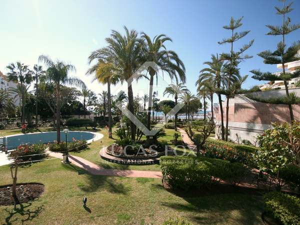 Duplex apartment for sale in Puerto Banús, Marbella