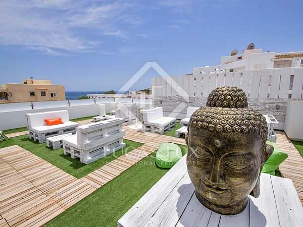Hotel en venta en Santa Eulalia, Ibiza