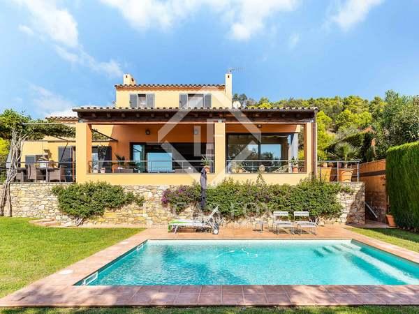 Huis / Villa van 331m² te koop in Llafranc / Calella / Tamariu