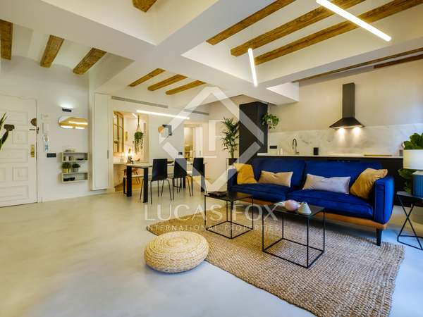 100m² Apartment for sale in Sant Antoni, Barcelona
