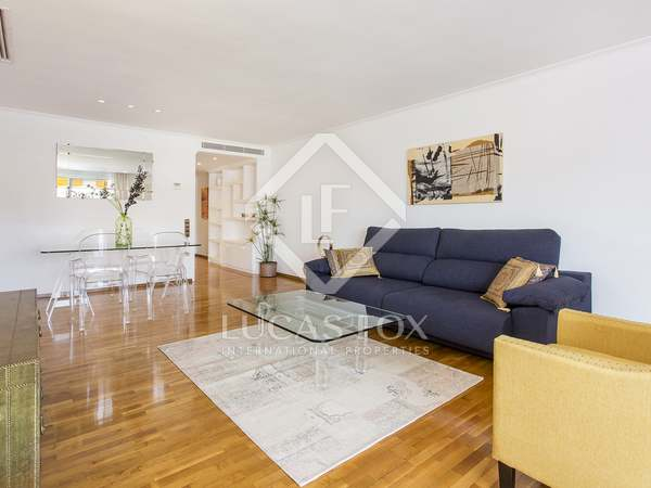 1-bedroom apartment with terrace for rent in Sarrià