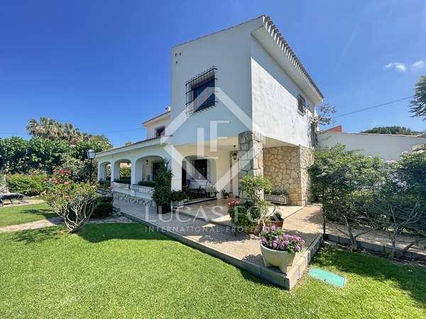 356m² House / Villa for sale in Playa San Juan, Alicante