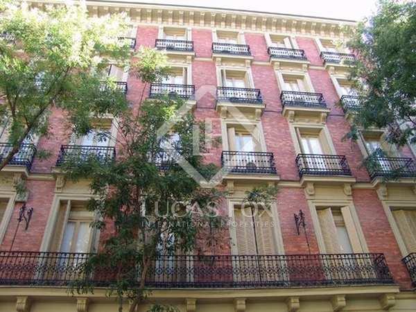 511m² Lägenhet till salu i Castellana, Madrid