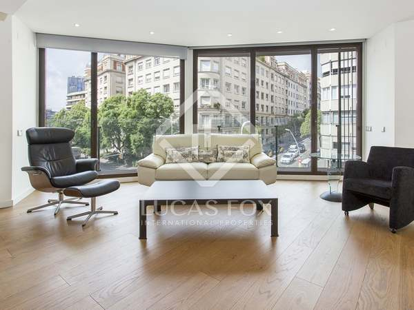 110 m² apartment with terrace for sale in Sant Gervasi