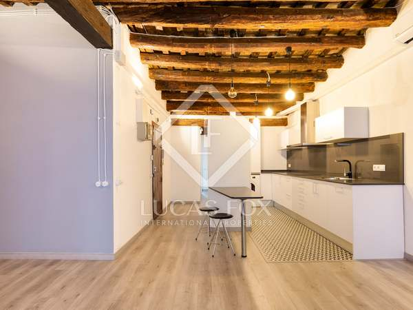 70m² Apartment for sale in Gótico, Barcelona