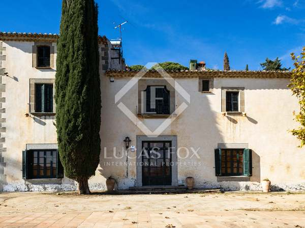 530m² Country house for sale in Cabrera de Mar, Barcelona