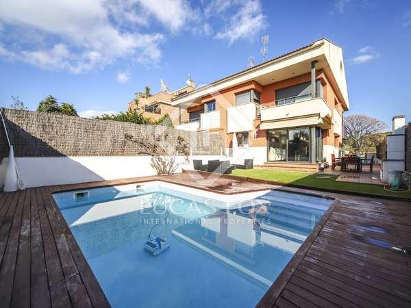 286m² House / Villa with 180m² garden for sale in Vilanova i la Geltrú