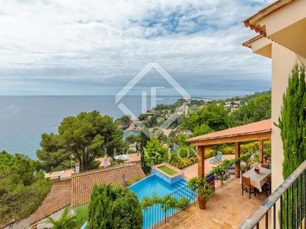 300m² House / Villa for sale in Blanes, Costa Brava