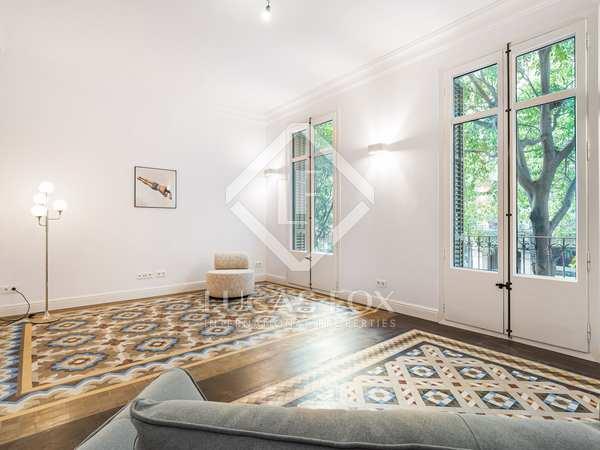 Piso de 145m² con 15m² terraza en venta en Eixample Derecho