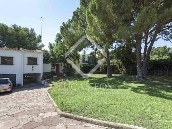 Дом / Вилла 271m² на продажу в Годелья / Рокафорт, Валенсия